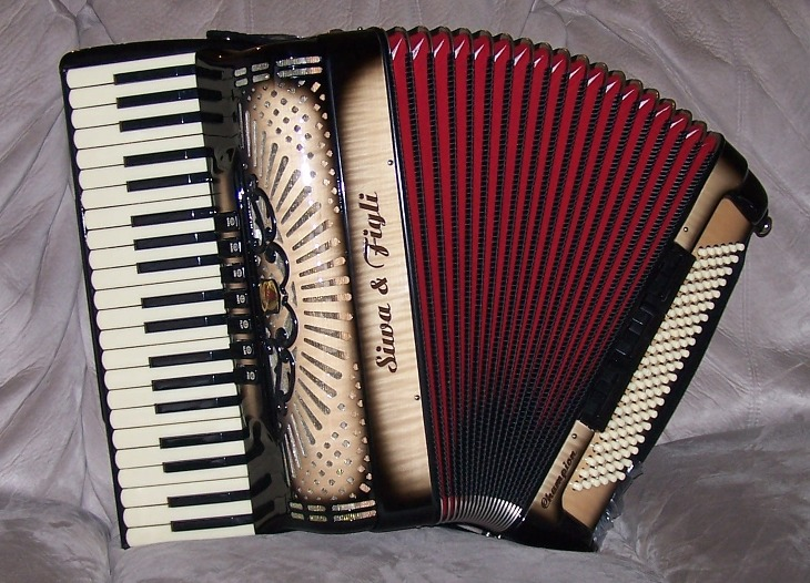 "Siwa & Figli Champion ""Yavor"" Cassotto Accordion"