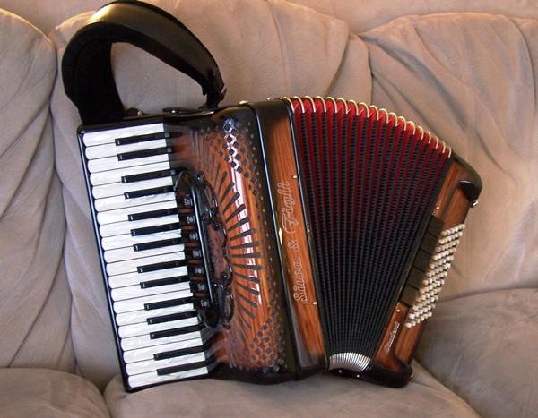 Sia & Figli Student Pro Rosewood Accordion